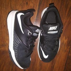 Nike Team Hustle